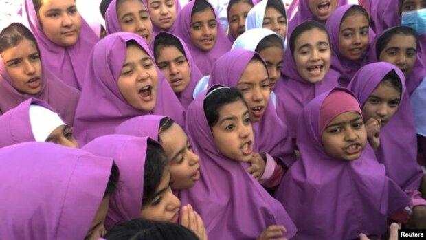 Ende der Kindheit: 10-jährige Mädchen sind im Iran verheiratet, Details
