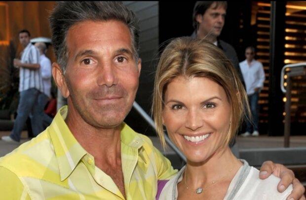 Berühmter Modedesigner Mossimo Giannulli seine Frau Schauspielerin Lori Loughlin wurden zu  Gefängnis verurteilt, Details sind bekannt