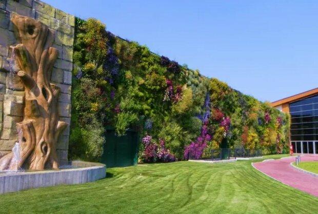Wie der größte vertikale Garten der Welt aussieht