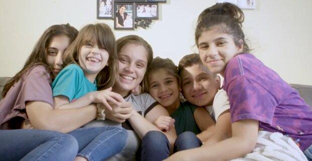 Familie Rodriguez. Quelle: YouTube Screenshot