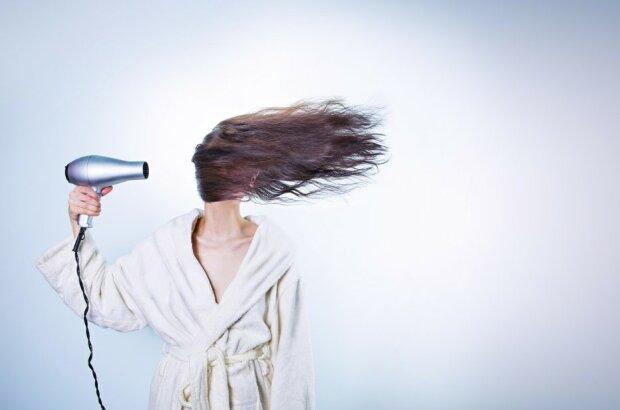 Fünf ungewöhnliche Möglichkeiten, einen Haartrockner zu verwenden