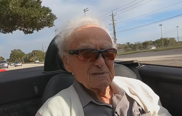 Emilio Flores Marquez. Quelle: YouTube Screenshot