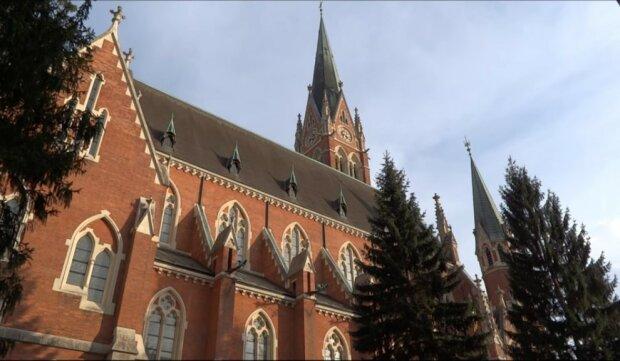 Deutschlands erste Frau auf einem Spitzenposten der katholischen Kirche, Details