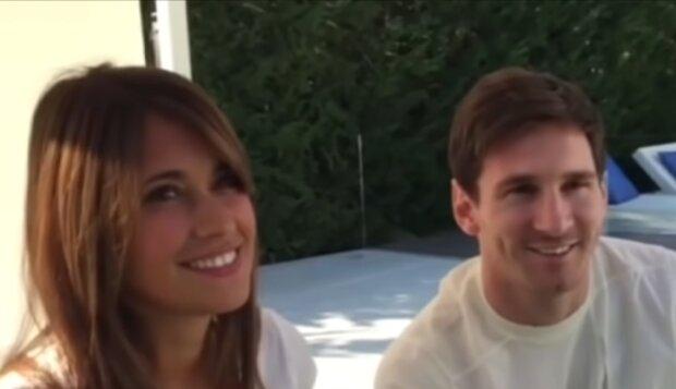 Messi und Antonella. Quelle: YouTube Screenshot