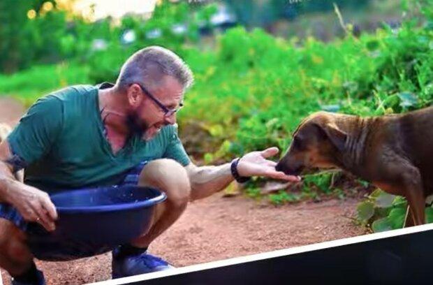 Gegenseitige Hilfeleistung zwischen Tier und Mensch. Quelle: Screenshot YouTube