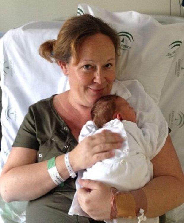 Nach 14 erfolglosen Versuchen schwanger zu werden, brachte
