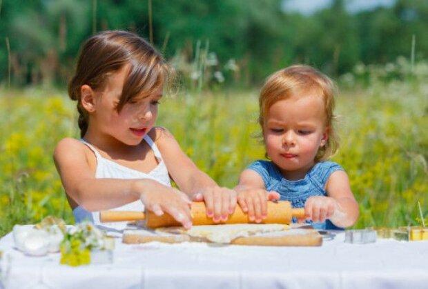 Freuden der Elternschaft: Experten enthüllen Fakten über den Altersunterschied zwischen Kindern