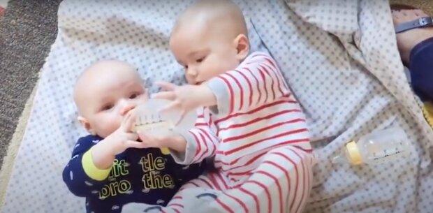 Die Cousinen. Quelle: Screenshot YouTube