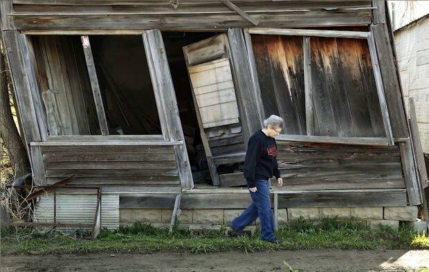 Elsie ist die einzige Bewohnerin der verlassenen Stadt. Quelle: Screenshot Youtube