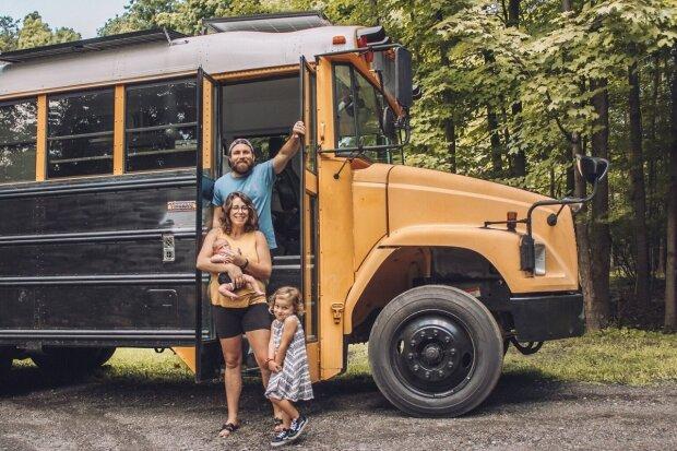 Komfort im Austausch für Eindrücke: Das Paar verkaufte alle seine Sachen und fuhr in einem Van los