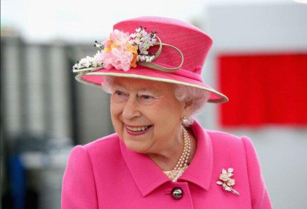 Es wurde bekannt, warum Königin Elisabeth Anzüge in grellen Farben trägt