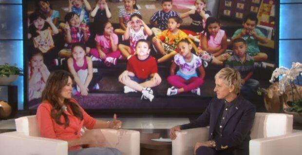 Gutselige Lehrerin und Ellen. Quelle:Screenshot YouTube