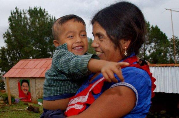 Die Geschichte von Ines Ramirez, die sich selbst einen Kaiserschnitt machte