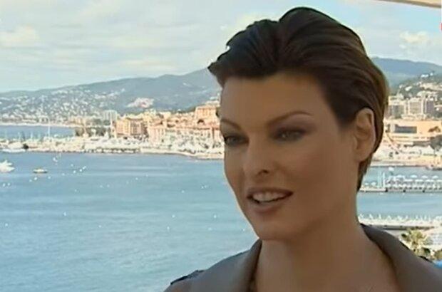 Linda Evangelista. Quelle: YouTube Screenshot