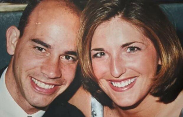 Unbezahlbare Überraschung von einen liebevollen Ehepartner. Quelle: Screenshot YouTube