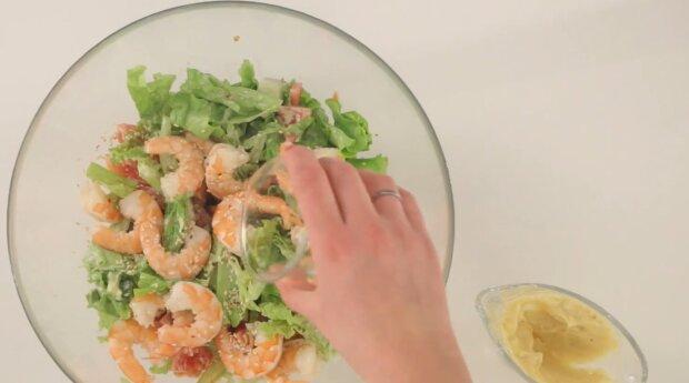 Sesam-Garnelen-Salat: Schritt-für-Schritt-Rezept für einfachen Salat
