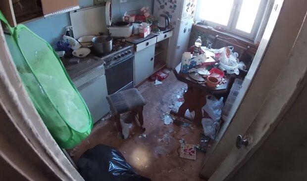 Schrekliche Wohnung. Quelle: Screenshot YouTube