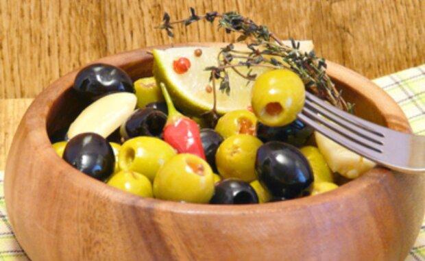 Eingelegte Oliven nach spanischer Art: ein delikates Rezept
