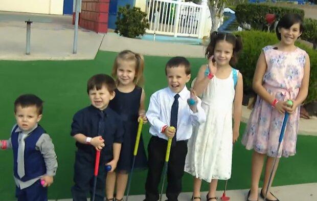 Adoptierte Kinder. Quelle: YouTube Screenshot