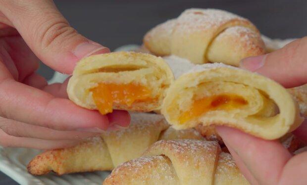 Quarkkuchen mit Marmelade: ein einfaches, aber feines Rezept
