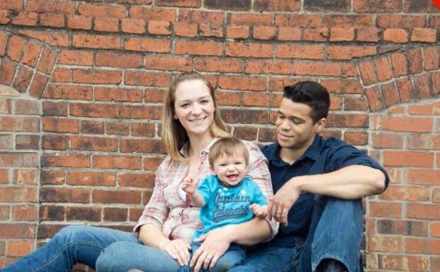 Glückliche Familie. Quelle: YouTube Screenshot