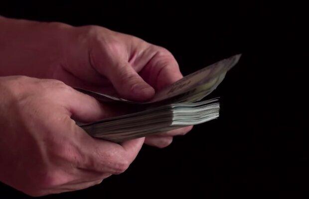 Mann verkaufte alte Sachen und wurde reich. Quelle: Screenshot Youtube