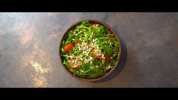 Salat. Quelle: YouTube Screenshot