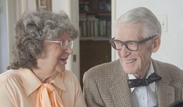 Chris' Eltern. Quelle: YouTube Screenshot