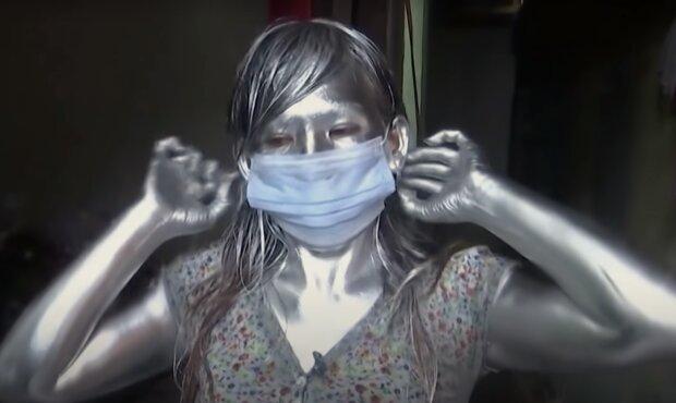 """""""Silbermenschen"""". Quelle: Screenshot YouTube"""