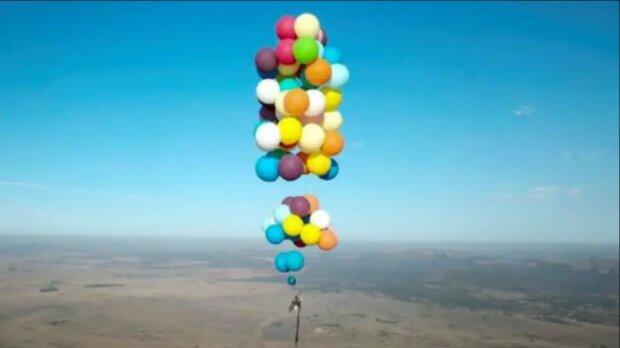Wie ein Mann 25 Kilometer mit Ballons flog