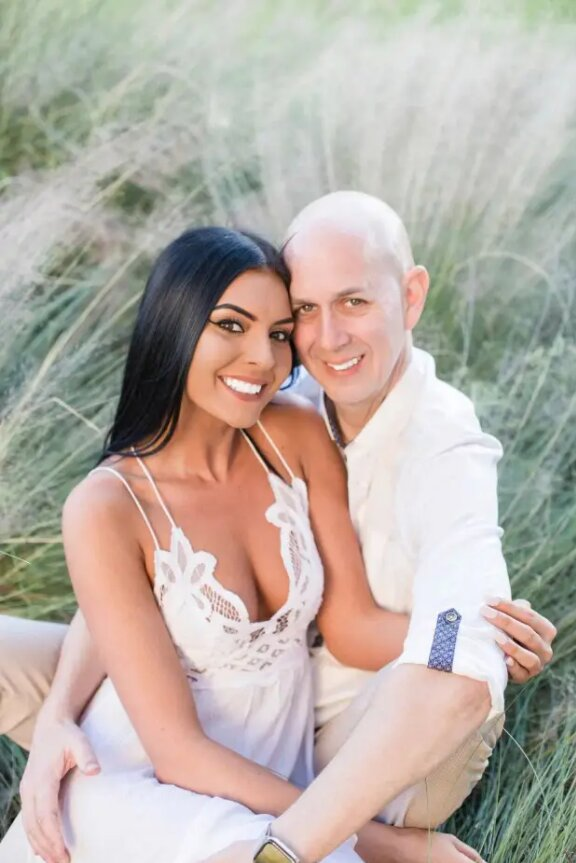 23 dating 33 de ani