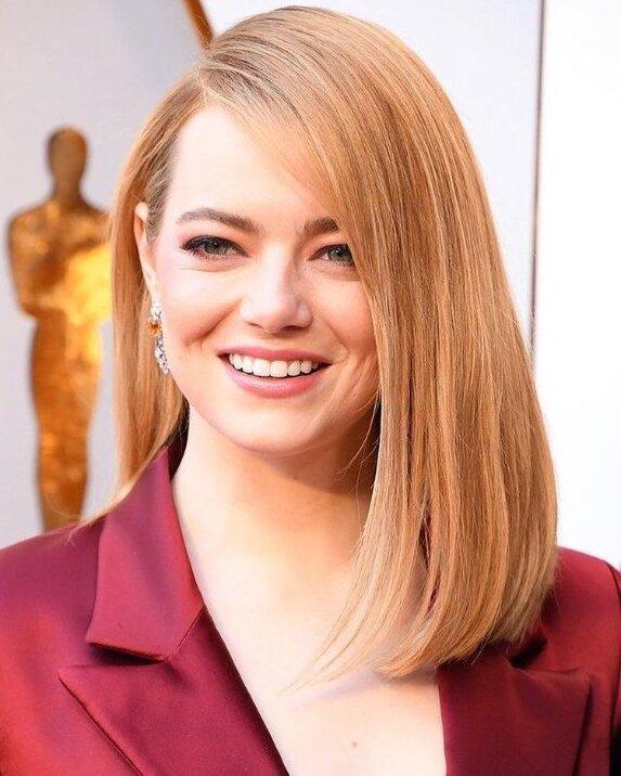 experten haben erzählt, welche haarfarbe eine frau jünger