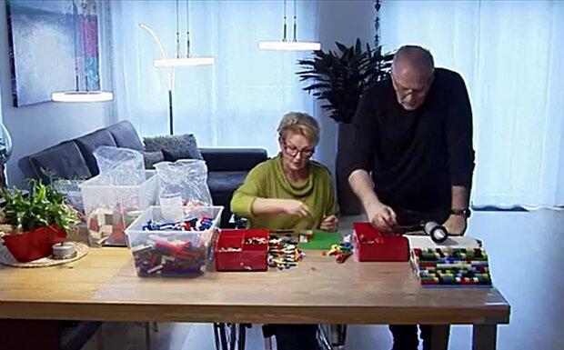 """Rentnerin """"spielt"""" mit Lego und baut daraus echte Rampen, die ihr das Leben erleichtern"""
