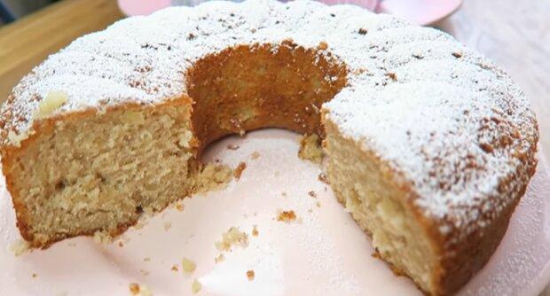 Kaffee- oder Teezusatz: Rezept von leckeren Bananenkuchen