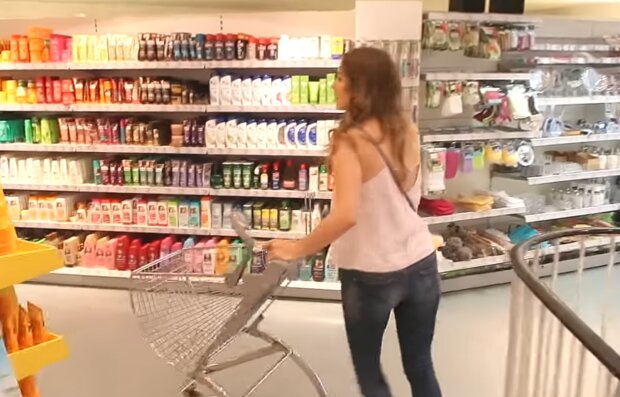 Einkaufen. Quelle: Screenshot Youtube
