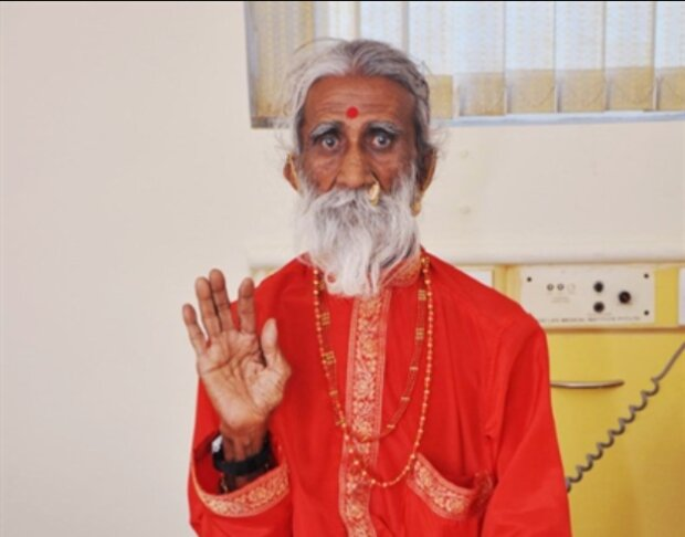Wie ein Jogi aus Indien fast 80 Jahre nichts gegessen oder getrunken hat