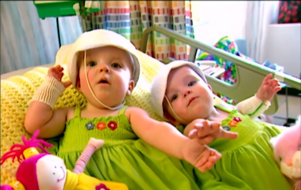 Macey und Mackenzie. Quelle: Screenshot Youtube