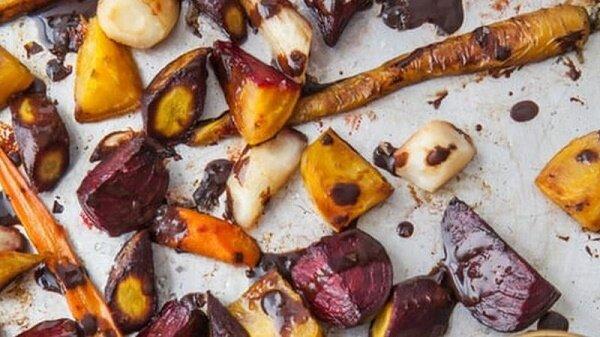 Herbstliche Delikatesse: ein Rezept für einen leichten Vitaminsalat mit Kürbis