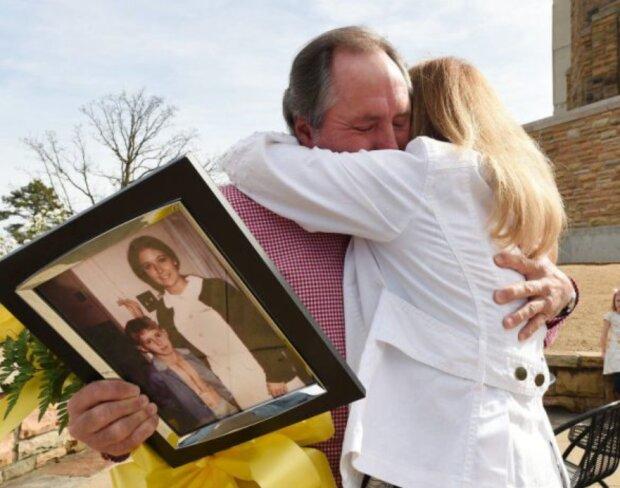 Nach 42 Jahren fand ein Mann die Krankenschwester, die sich um ihn nach seiner Herzoperation kümmerte