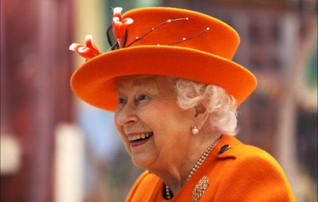 Es ist bekannt geworden, warum Königin Elisabeth in der Öffentlichkeit immer Hüte trägt