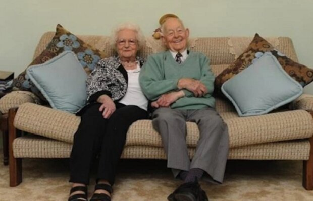 Älteres Ehepaar beschloß, das Haus zu verkaufen, in dem sie seit 76 Jahren lebten: Die Käufer mochten sein makelloses Aussehen