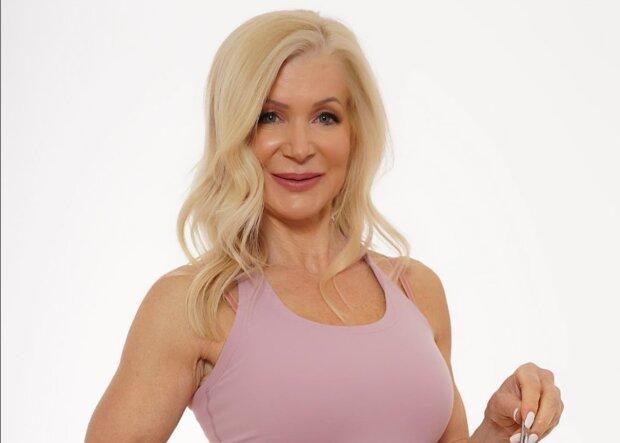 Es ist nie zu spät: 63-jährige Bodybuilderin teilt eigene Aufnahmen im Abstand von 40 Jahren