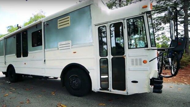 Der alte Bus. Quelle: YouTube Screenshot