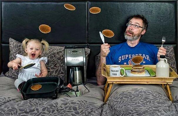 """Wie verbringen Zeit """"Der beste Vater"""" und seine kleine Tochter miteinander"""