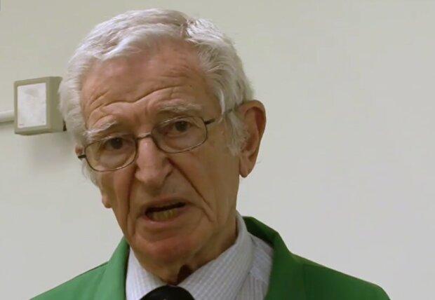 Professor Harold Ellis. Quelle: Screenshot Youtube