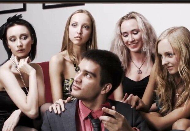 Kandidatinnen auf eine glückliche Ehe. Quelle: Screenshot YouTube