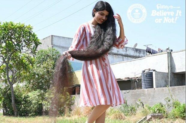 Frau kurz lange haare schneiden Kurze Haare