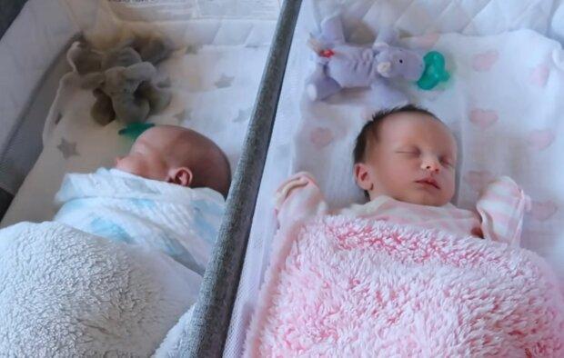 Besondere Zwillinge ungewöhnlicher Eltern. Quelle: Screenshot YouTube