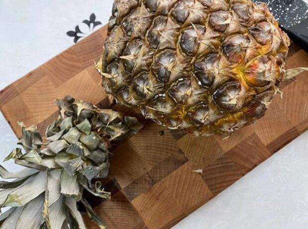Köche zeigten, wie man Ananas richtig schneidet
