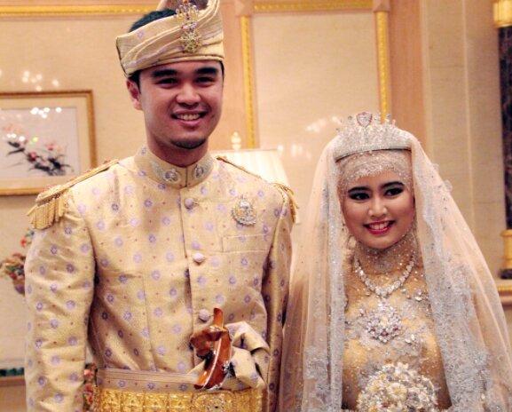 Keine Hindernisse für die Liebe: Wie die Tochter eines Milliardärs einen einfachen Mann heiratete